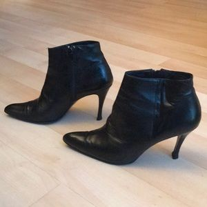 Vintage black all leather ankle boots